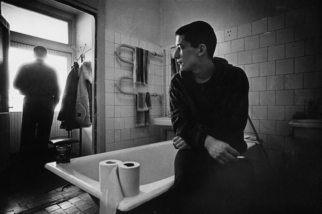老照片:苏联解体俄罗斯涩情毒品泛滥艾滋病蔓延(6)