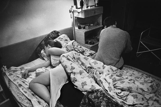 老照片:苏联解体俄罗斯涩情毒品泛滥艾滋病蔓延(1)