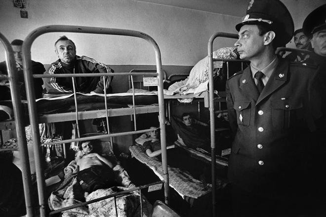 老照片:苏联解体俄罗斯涩情毒品泛滥艾滋病蔓延(4)