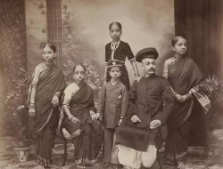 印度媒体说,一百年前印度比中国发达多了,并有图片证明